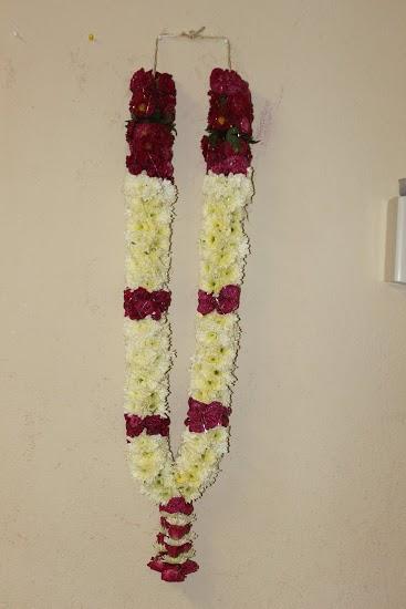 Wedding Mala Mums with Spray Roses